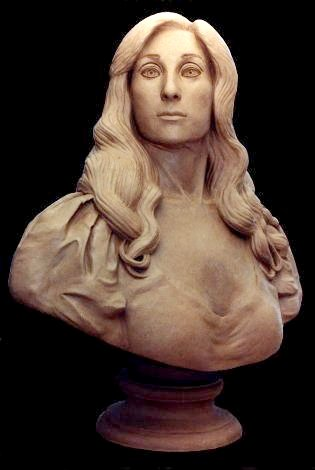 BUST OF NINA KAVTARADZE. Clay. Height: 75 cm. By Stefan Bløndal